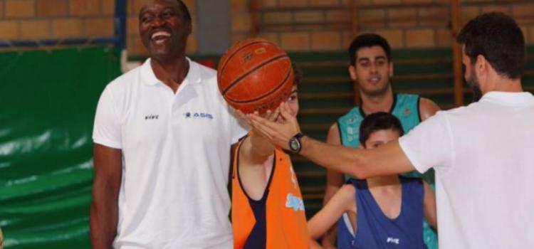Representación de la NBA, ACB y Liga Guerreras en el campus Nexxo Camp de Lavodrama